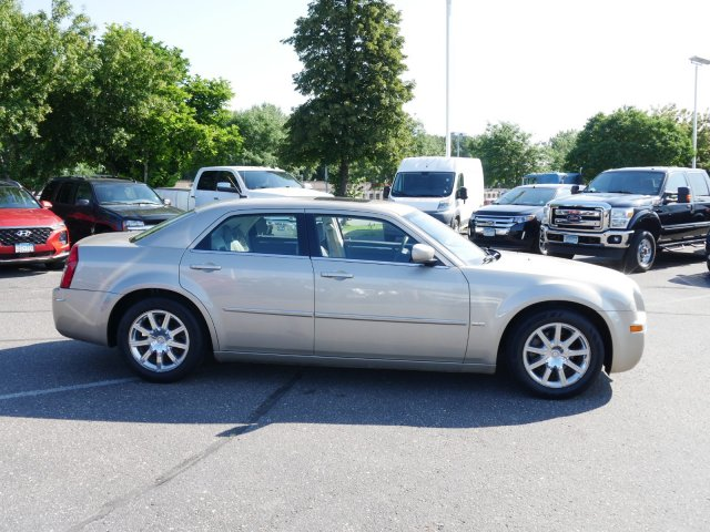 Pre-Owned 2008 Chrysler 300 Touring
