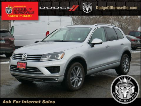 Pre-Owned 2015 Volkswagen Touareg Lux
